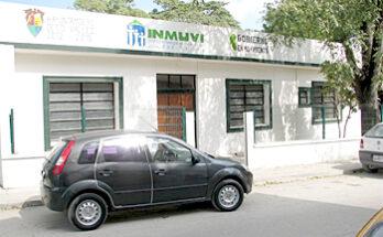 La Secretaria Técnica viene a una cuadra atrás del Palacio Municipal, justamente en la calle Escontría Núm. 111, conjuntamente con el Departamento del Instituto Municipal de la Vivienda- INMUVI